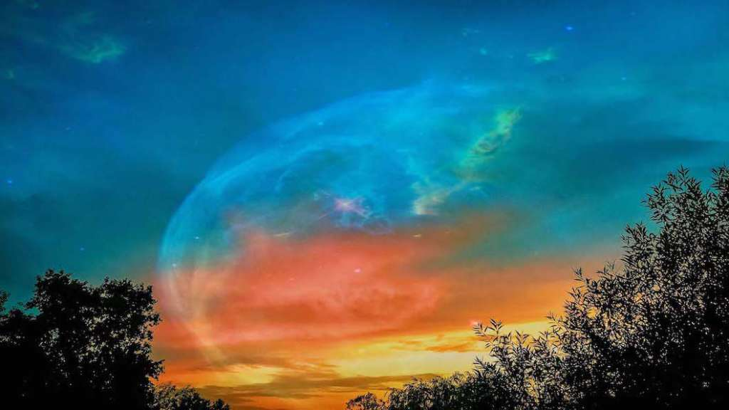 law of attraction_magical sky